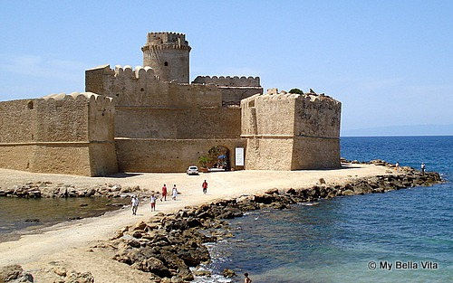 Calabria Travel Le Castella Five Fabulous Fortresses in Calabria